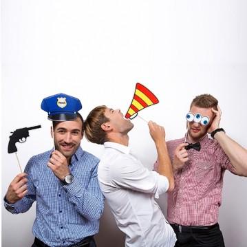 4 Stk. Props - Pistol, Politihat- Fotos sticks